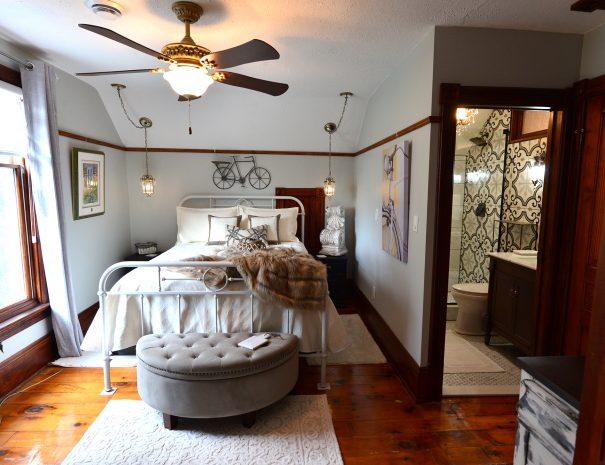 WalnutGrove-Bedroom4